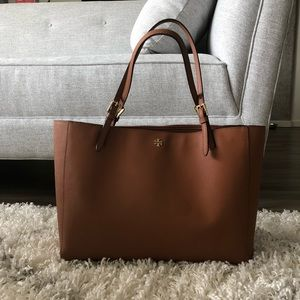 Tory Burch York Buckle Tote in Saffiano Leather